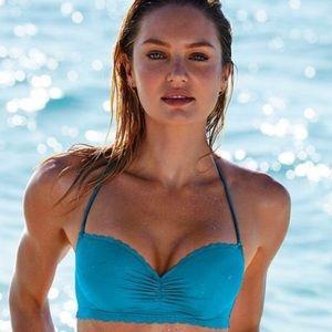 Victoria's Secret Getaway Halter Bikini Top 34D💙